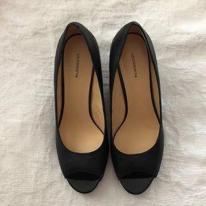 Black Leather Peep Toe Wedges👡👡